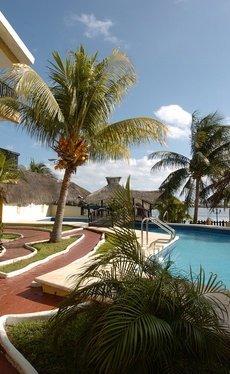 Relax Hotel Beach House Imperial Laguna Cancún